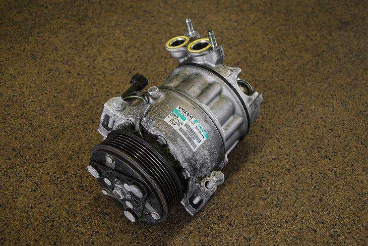 Kompresor klimatyzacji to droga część, ale można ją zregenerować za pół ceny.