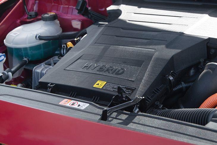 Samochody hybrydowe bywają różne. Jedne można traktować jak każde, inne z dużą dozą rezerwy.
