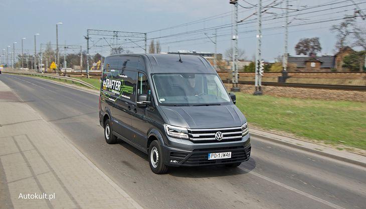 Volkswagen e-Crafter ma w Polsce ok. tonę ładowności. Za granicą - znacznie więcej