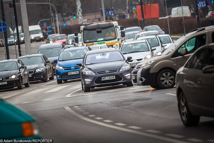 Na drogach powstają nierzadko sytuacje, w których nawet przepisy nie pomagają