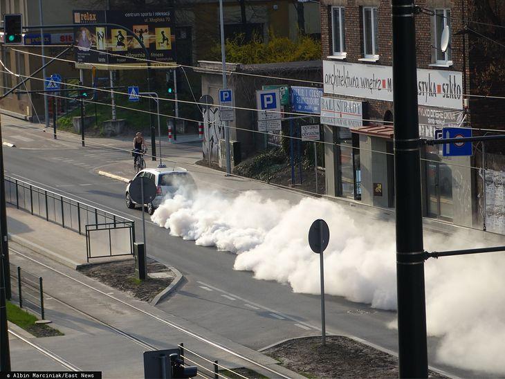 W Krakowie spaliny od razu przyporządkowywano do danego auta, dzięki czemu wiadomo było, które z nich trują najbardziej