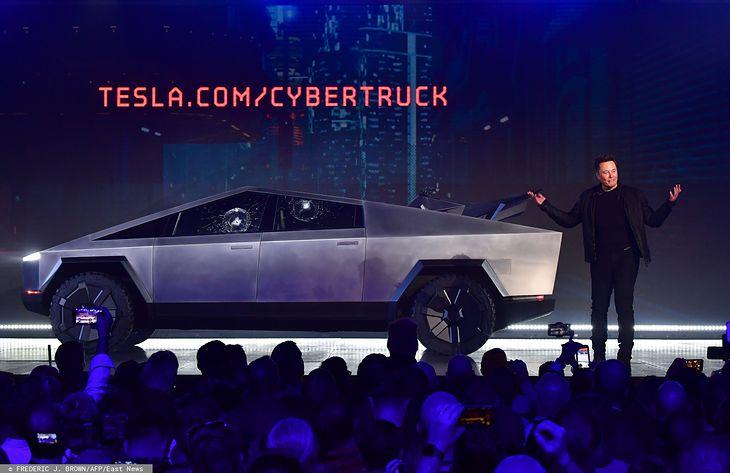 Choć od prezentacji Tesli Cybertruck minęło już kilka dni, auto wciąż nie schodzi z ust fanów motoryzacji