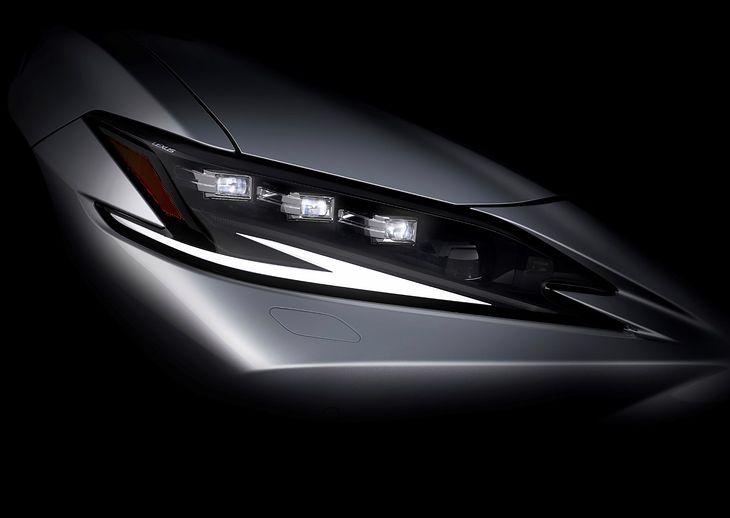 Od premiery obecnego Lexusa ES minęły już 3 lata, czas więc na modernizację