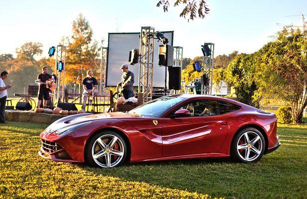 Aukcja Ferrari F12berlinetta