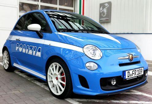Abarth 500 w barwach włoskiej policji