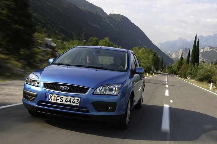 Ford Focus Mk 2 to jeden z najpopularniejszych używanych kompaktów na polskim rynku wtórnym.
