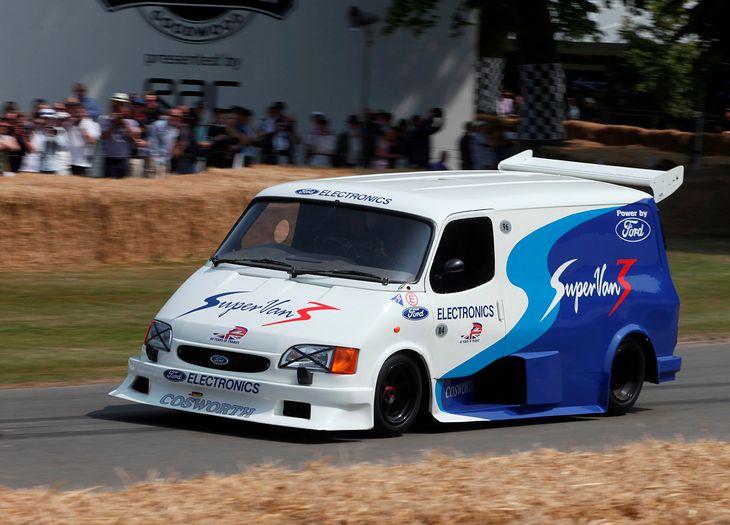 Chyba najbardziej znany Supervan na torze w Goodwood