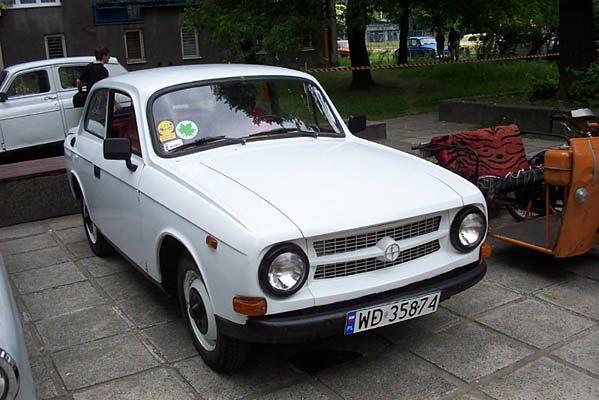 Quelle est cette voiture ?? Fso-syrena-laminat-309513d789d01