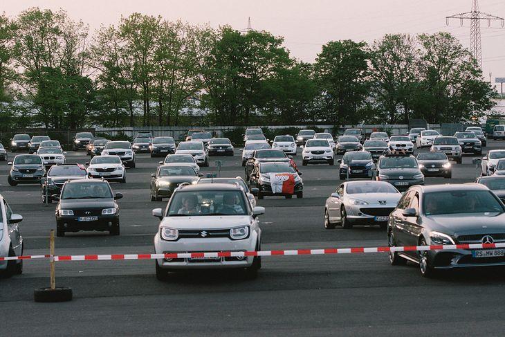 Już w kwietniu niemieccy kierowcy mogli uczestniczyć w koncercie nie wysiadając z auta