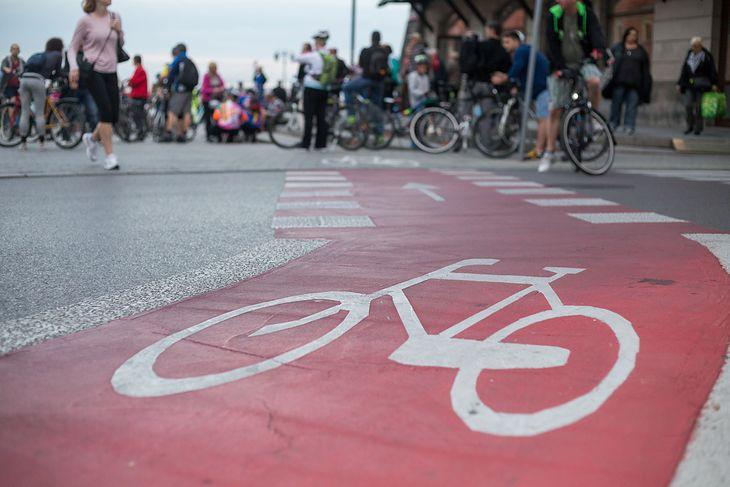 Nowe prawo wprowadzi dziwną zasadę na ścieżkach rowerowych