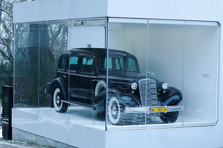 Cadillaca po renowacji można oglądać przez całą dobę w Warszawie