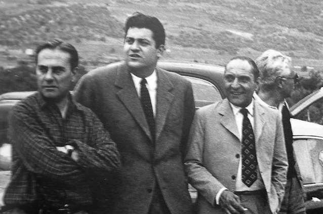 Gianni Lancia na zdjęciu drugi od lewej.