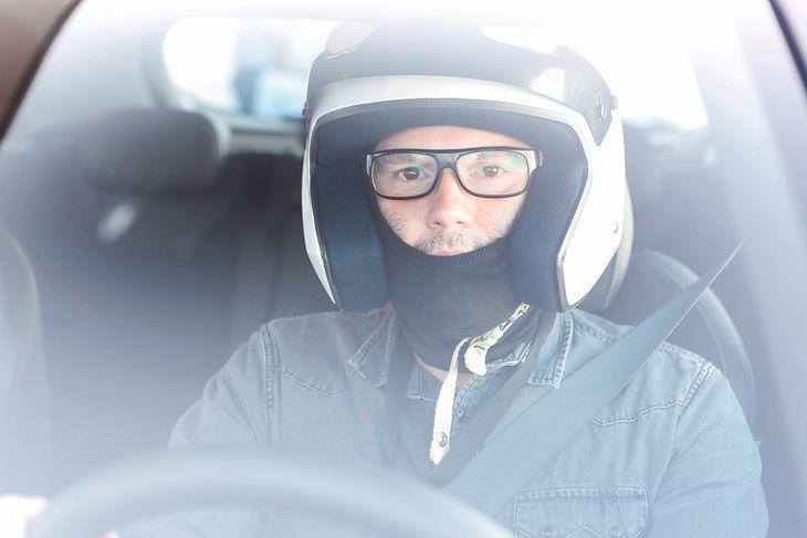Za kierownicą Hyundaia i30 N podczas pierwszych testów i mojej drugiej anginy.