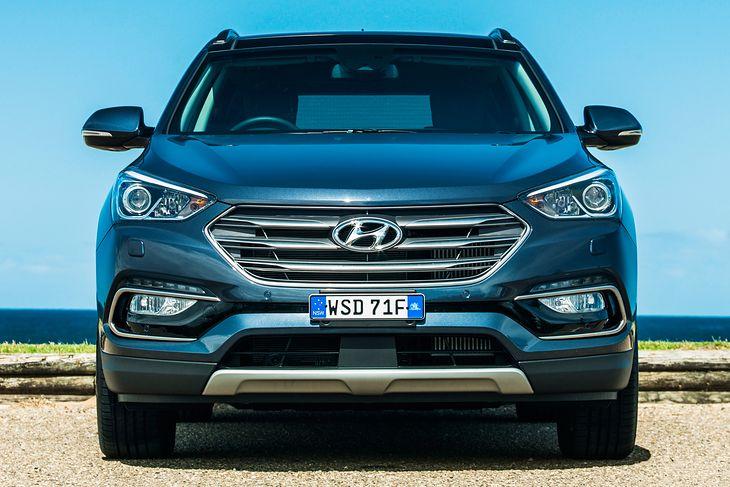 Nowy Hyundai Santa Fe nie pozwoli ci wyjść wprost pod