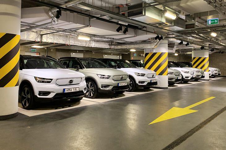Volvo XC40 w wersji na prąd jest obecnie topowym wydaniem szwedzkiego modelu