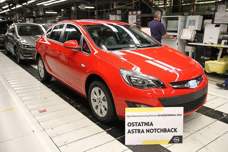 Ostatni egzemplarz Astry Sedan pojedzie do Egiptu. Jak cała większa partia wytwarzanych w tym roku aut.