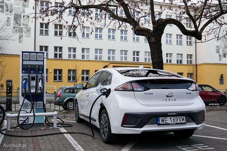 Po raz kolejny liderem zestawienia okazał się Hyundai Ioniq Electric