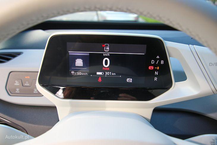Większość aut elektrycznych wyświetla zasięg z dokładnością do 1 km