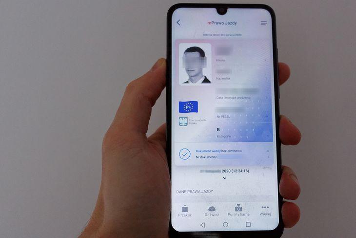 Aplikacja dostępna jest zarówno na Androida jak i na iOS.