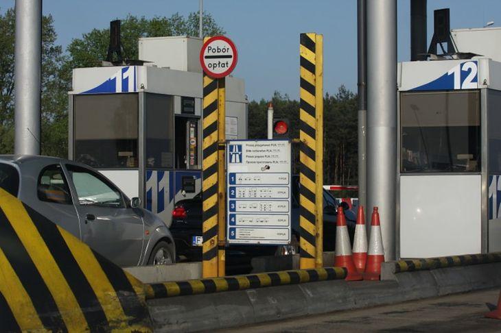 Niebawem klasyczne bramki mają zniknąć z polskich autostrad.
