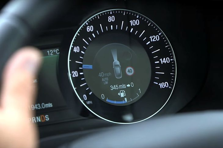 W autach obowiązkowych będzie wiele systemów bezpieczeństwa. Wszystkie one pozostawią ślad swojej pracy