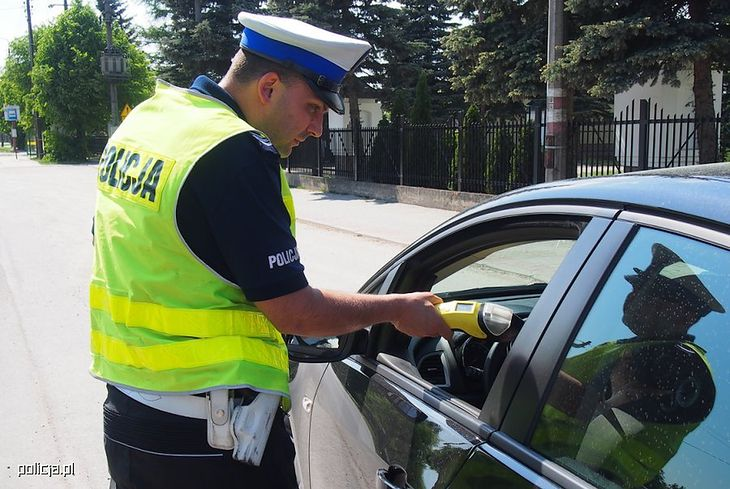 Policja codziennie zatrzymuje pijanych kierowców