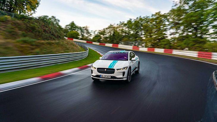 I-Pace na Nürburgringu rozpoczyna nową, elektryczną erę Ring Taxi.