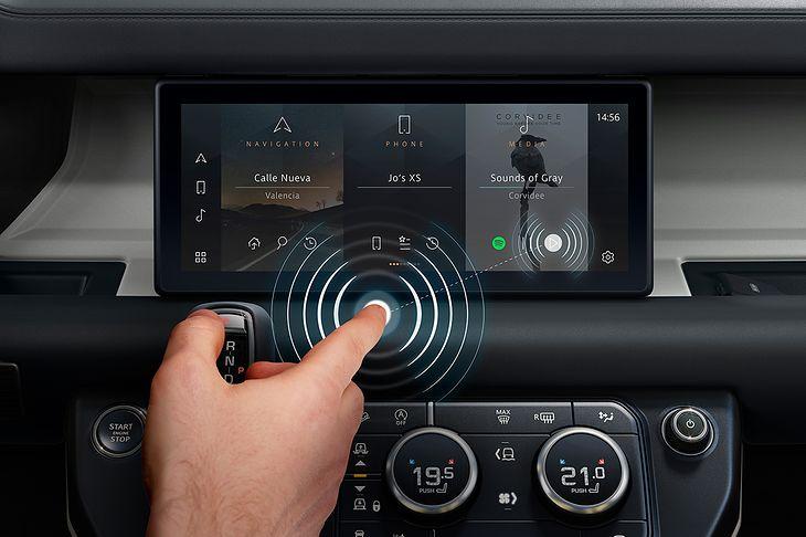 Dotykowy ekran bez konieczności dotykania to ostatnia z innowacji Jaguara.
