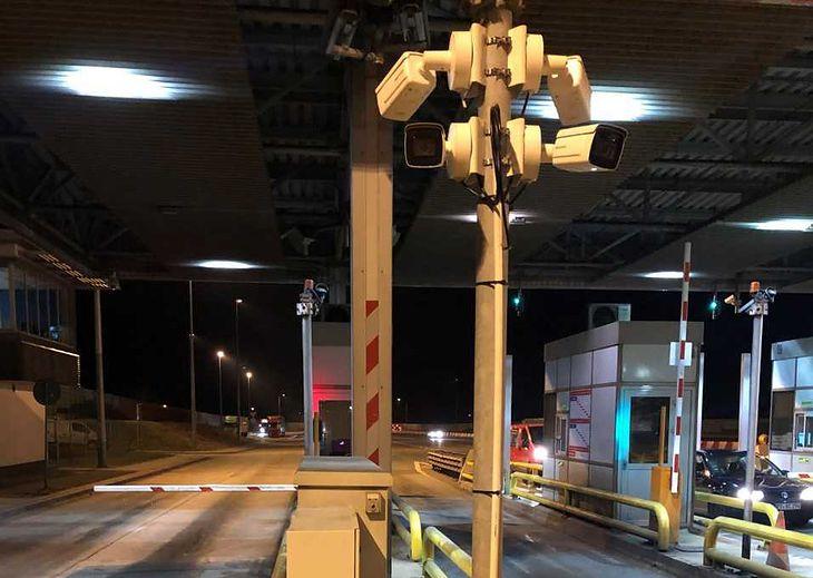 Z autostrad GDDKiA znikną bramki. Rozliczenie będzie załatwiane aplikacją, a kamery będą pilnować wnoszenia opłat