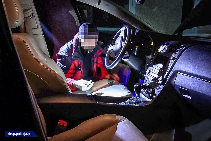 W przypadku nowszych istnieje większa szansa, ze w razie odnalezienia go przez policję, pojazd będzie w jednym kawałku