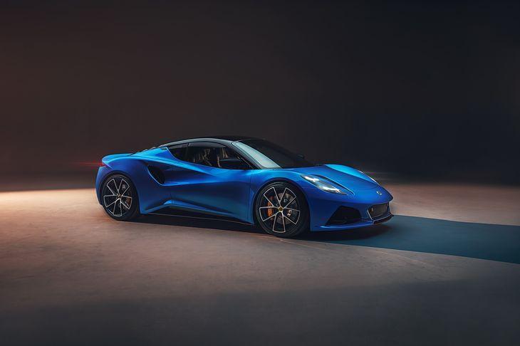 Emira rzuca wyzwanie Porsche i Alpine