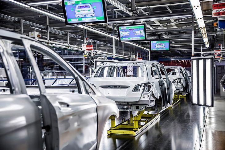 Cięcia w fabrykach Mercedesa są nieuniknione