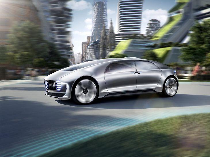 Mercedes-Benz F015 Luxury in Motion - autonomiczny koncept zasilany z ogniw paliwowych