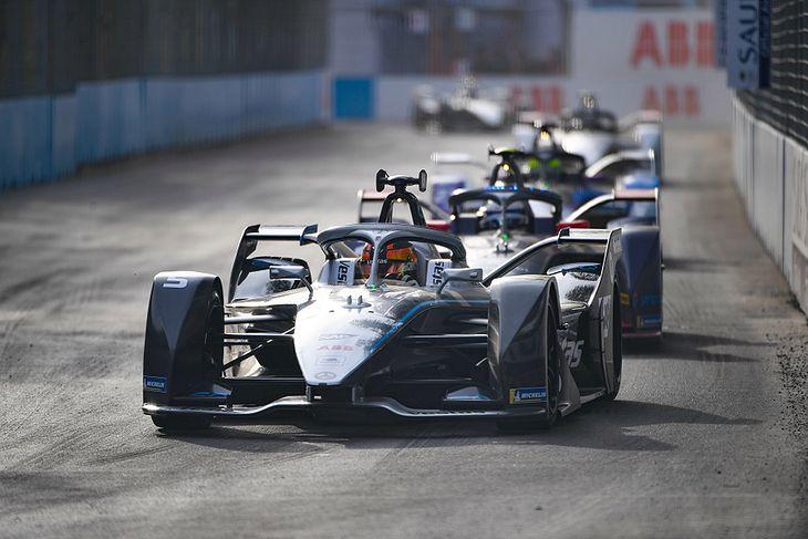Po sezonie 2022 Mercedes skupi się głównie na spalinowej Formule 1.