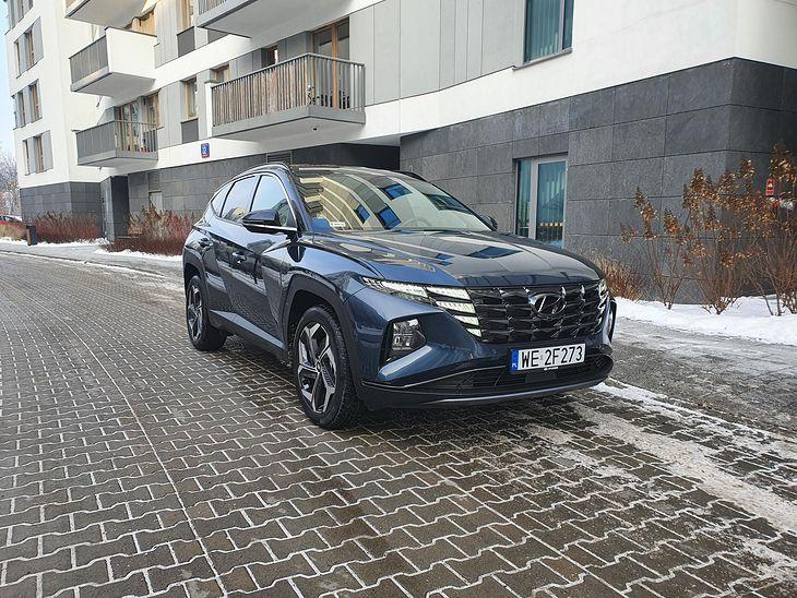 Nowy Hyundai Tucson pod nowoczesnym nadwoziem skrywa równie nowoczesny napęd.