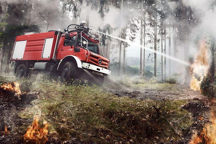 Pożarniczy Unimog U 5023