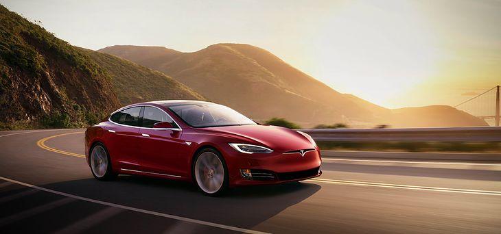 Tesla Model S debiutowała na rynku w 2012 roku