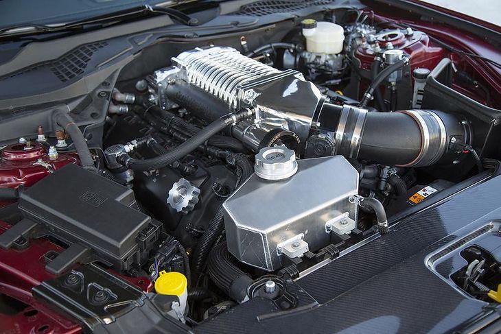 Sprężarka mechaniczna w silniku spalinowym