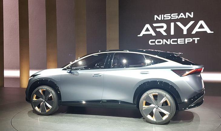 Ariya Concept prezentuje się naprawdę atrakcyjnie.