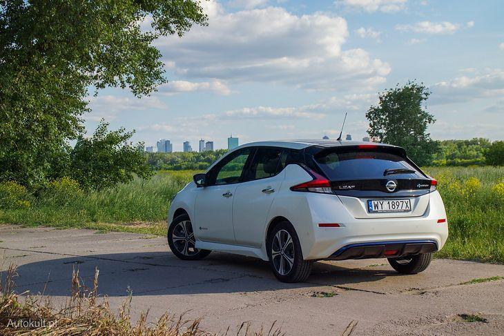 Za takiego Nissana Leafa zapłacicie 118 000 zł. Po otrzymaniu zwrotu w wysokości 30 proc. ceny, zakup wyniesie was 82 600 zł.