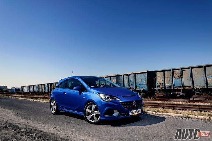 Opel Corsa OPC jak na hot-hatcha wygląda dość zachowawczo.