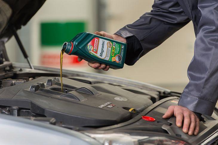 Właściwy olej jest kluczowy dla odpowiedniej pracy silnika
