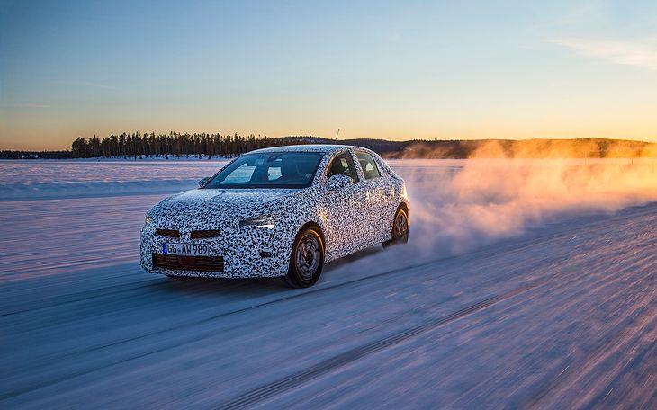 Nowy Opel Corsa testowany tuż przed premierą.