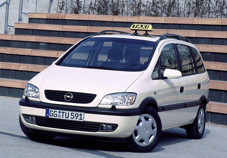 https://i.wpimg.pl/730x0/m.autokult.pl/opel-zafira-taxi-8e903f98f1dc24c.jpg