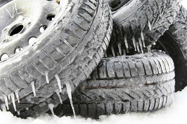 Dlaczego Nie Można Jeździć W Lecie Na Zimowych Oponach Poradnik