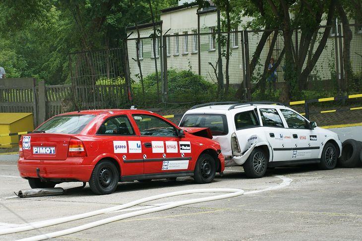 Ten test udowadnia, że posiadanie butli z LPG w samochodzie nie musi kończyć się tragicznie.