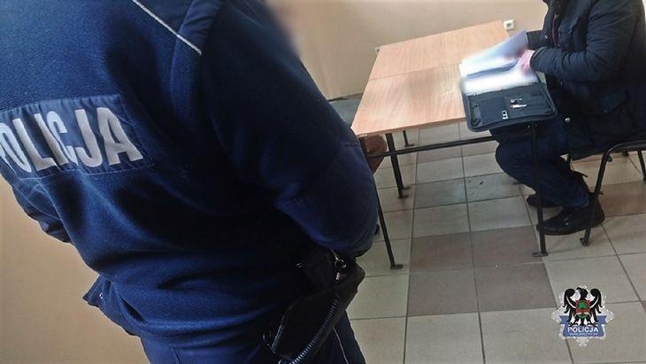 Policjanci zatrzymali agresywnego kierowcę.