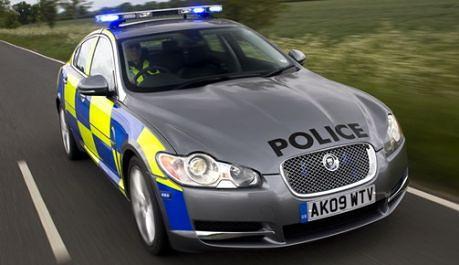 policyjny-jaguar-xj-diesel-s