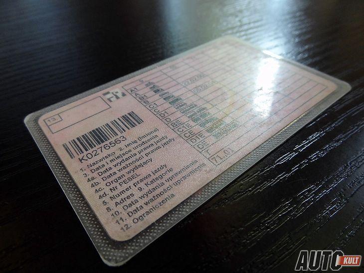 Prawo jazdy kat. B uprawnia do jazdy nie tylko samochodami osobowymi.