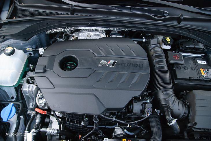 2-litrówka w i30 N generuje maksymalnie 275 KM.